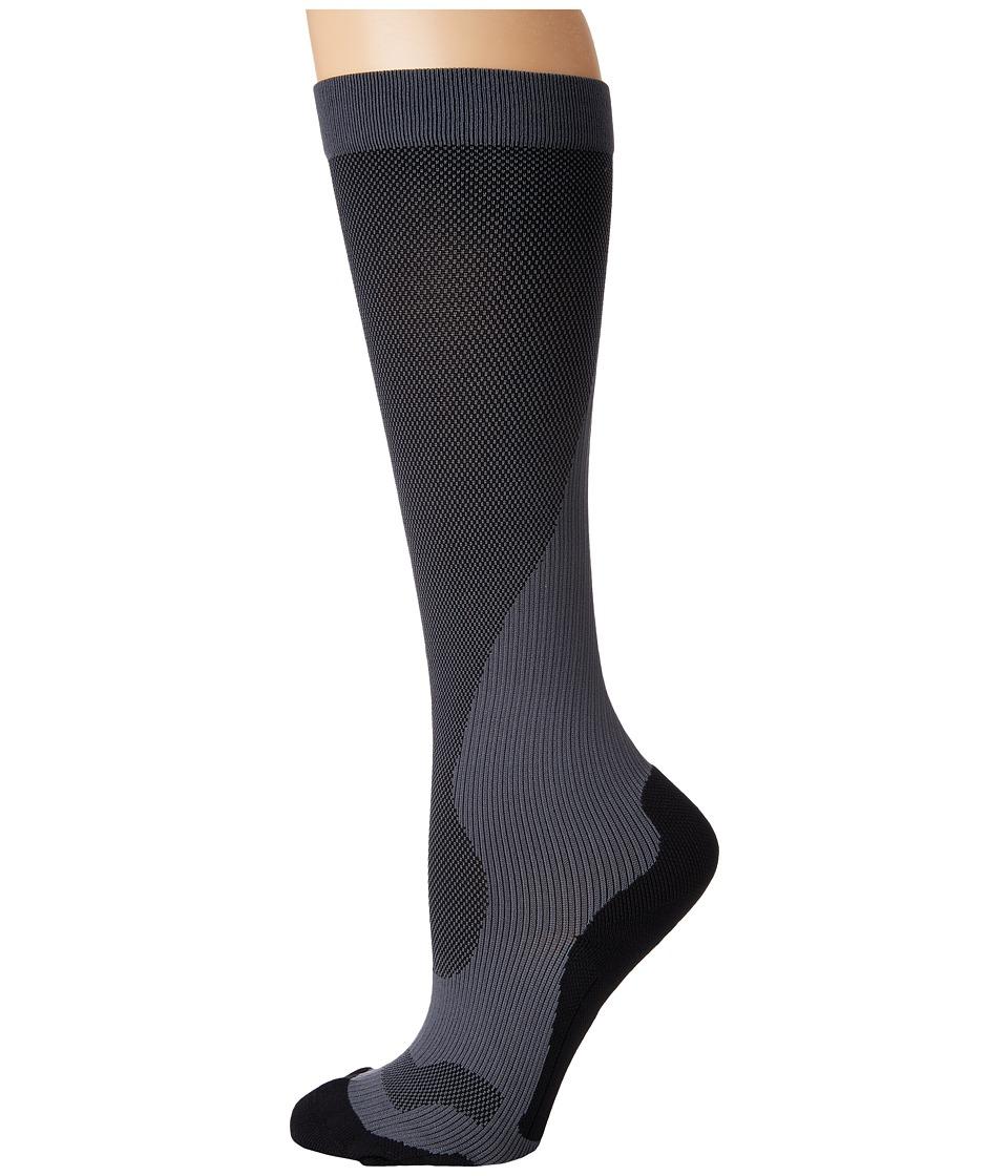 2XU - Compression Performance Run Sock (Titanium/Black) Womens Knee High Socks Shoes