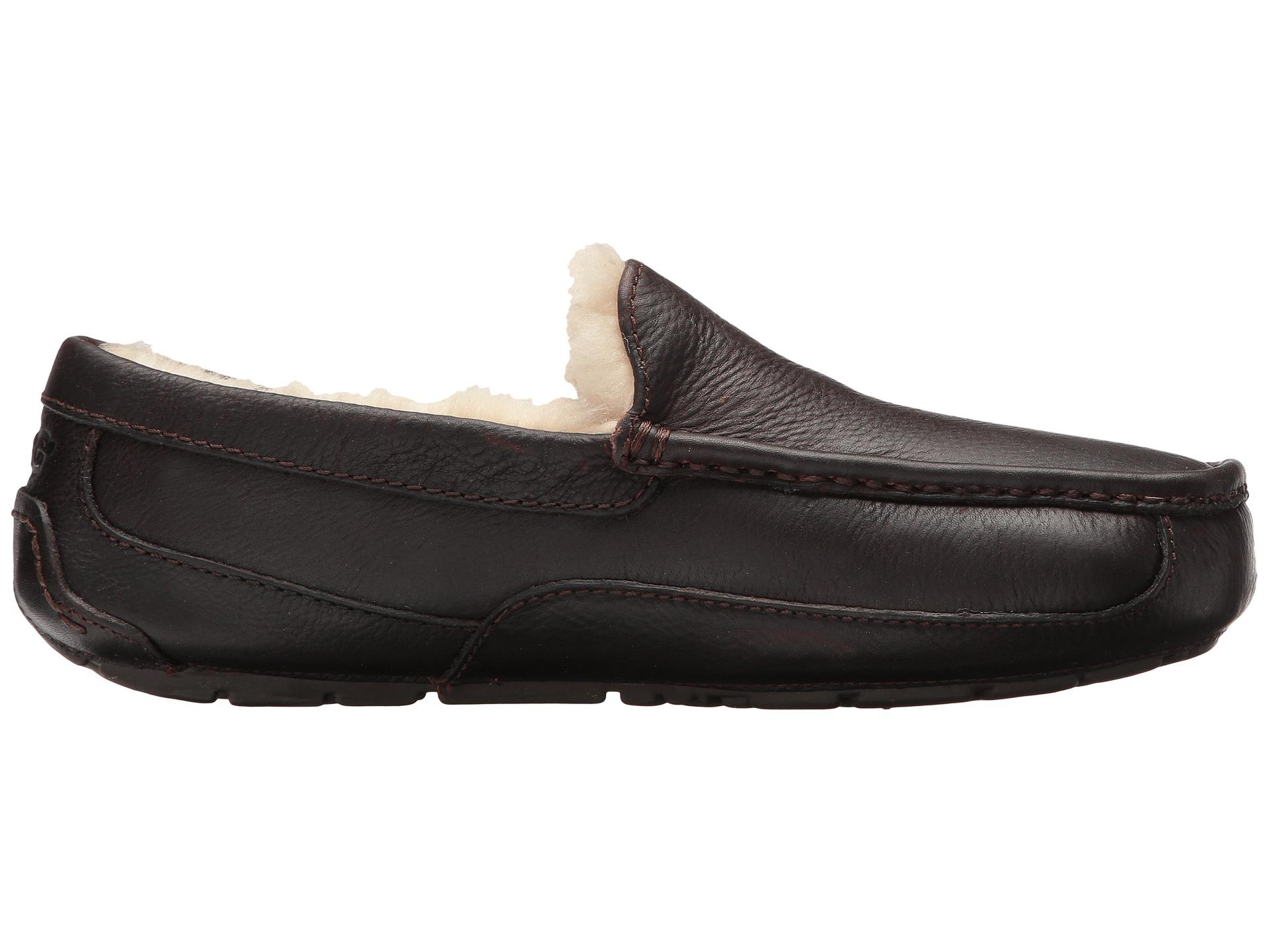 ugg slippers 11