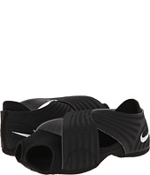 Nike - Studio Wrap 3