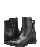 Kenneth Cole New York - Marcy
