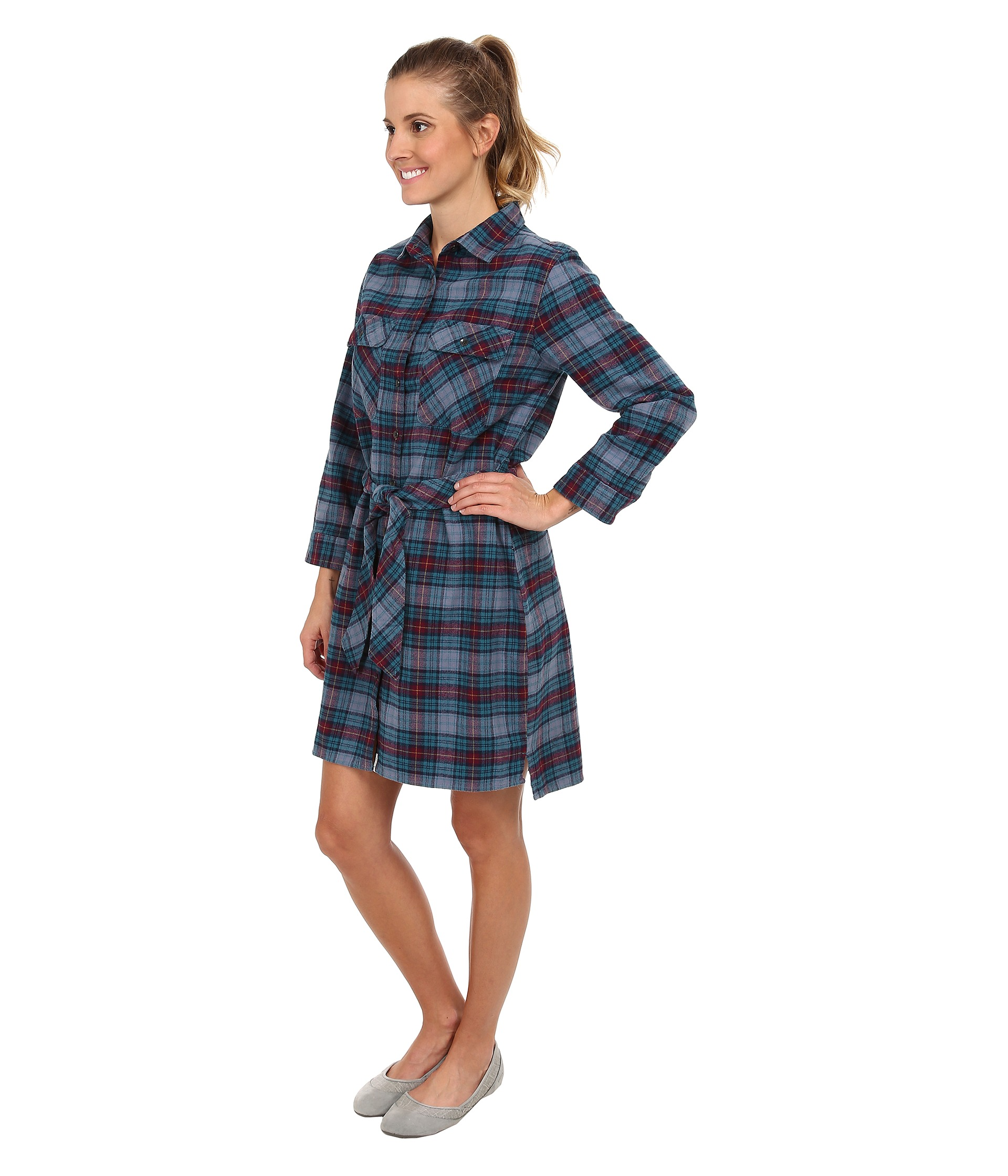 how to wear a flannet shirt with a dress