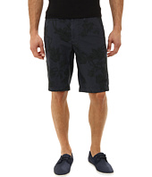 Kenneth Cole Sportswear - Scout Short w/ Denim Trim