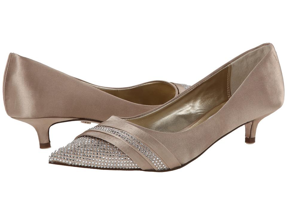 Nina Emmie (Champagne) Women's 1-2 inch heel Shoes