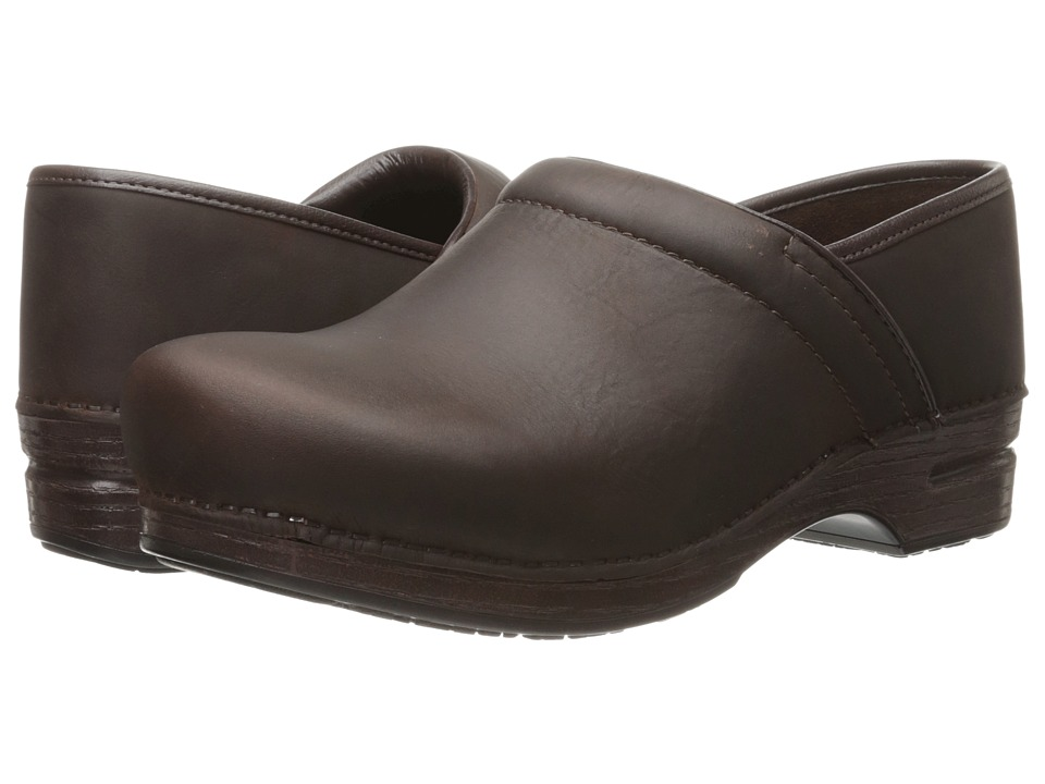 Dansko Pro XP (Brown Oiled) Men's Clog Shoes