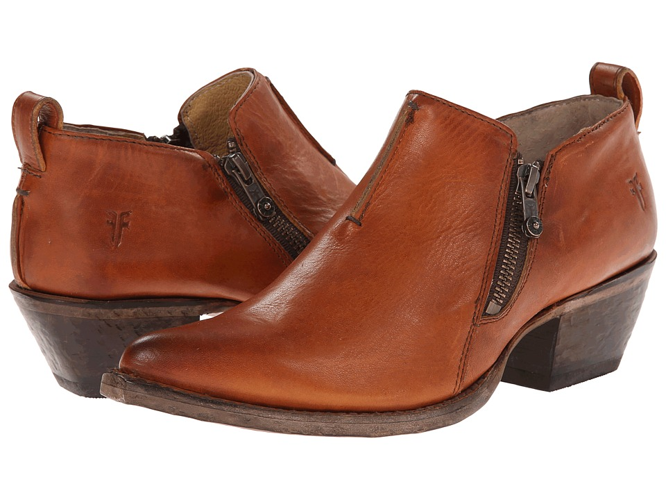 Frye Sacha Moto Shootie (Cognac Smooth Vintage Leather) Women
