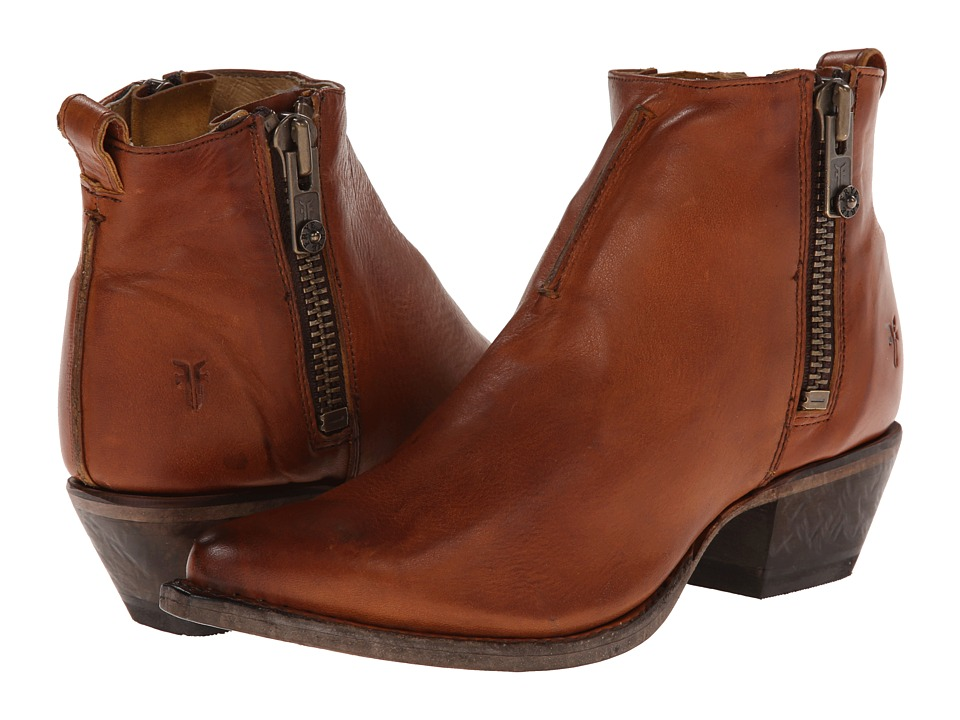 Frye - Sacha Moto Shortie (Cognac Smooth Vintage Leather) Womens Pull-on Boots