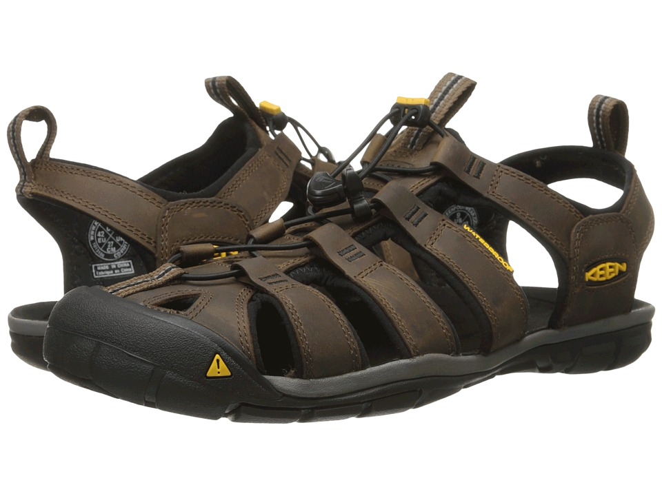Keen Clearwater CNX Leather (Dark Earth/Black) Men