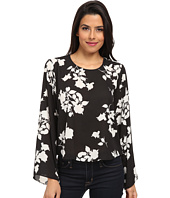 Vince Camuto - Shadow Bouquet Bell Sleeve Blouse