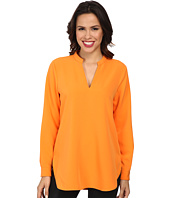 Vince Camuto - Long Sleeve Back Seam Blouse