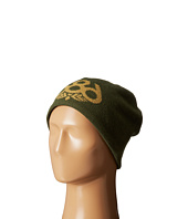 686 - Wreath Fleece Beanie