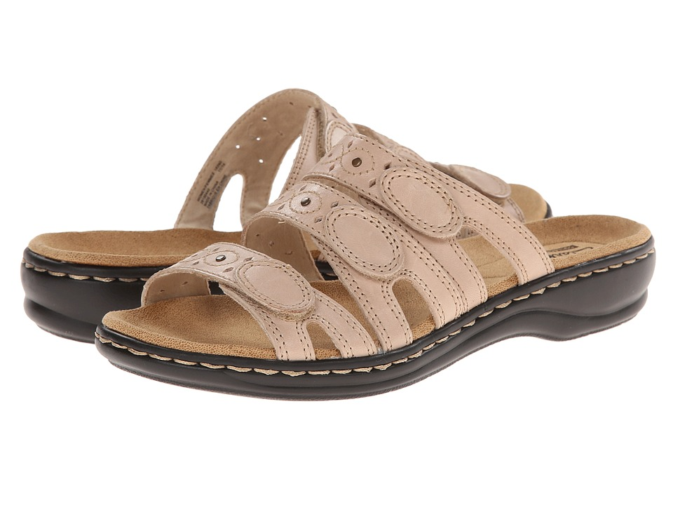 Clarks Leisa Cacti Q (Nude Leather) Sandals