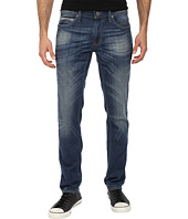DKNY Jeans - Williamsburg Fit in Cuyama Light Blue Wash