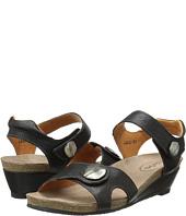 taos Footwear - Momentum