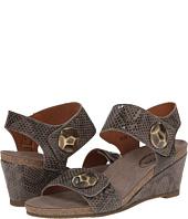 taos Footwear - Pyramid