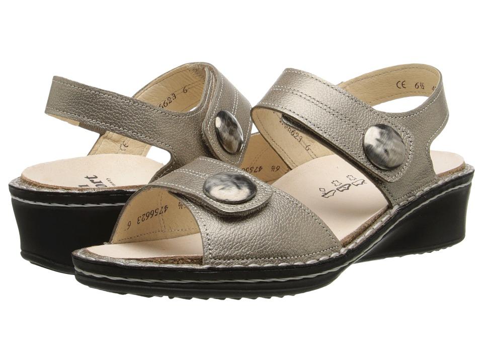 Finn Comfort Alanya (Champagne) Sandals