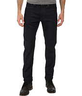 John Varvatos Star U.S.A. - Bowery Fit Jean V Stitch Pocket Zip Fly Low Rise Slim Straight Leg in Steel Blue