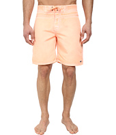 Vineyard Vines - Pigment Dyed Board Short