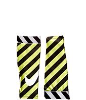Nike - Nike Pro-Printed Calf Sleeves