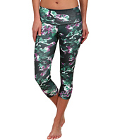 adidas - Performer Mid-Rise Three-Quarter Tight - Park Camo Print