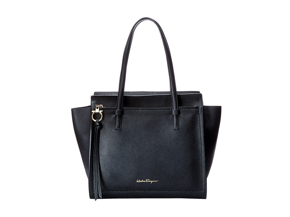 Salvatore Ferragamo - 21F216 Amy (Nero) Handbags
