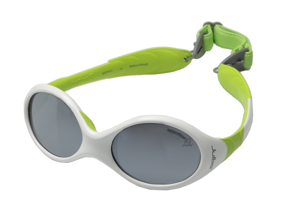 Julbo Eyewear Looping 3 Kids Sunglasses White/Lime with Spectron 4 Baby Lenses Sport Sunglasses