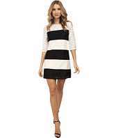 Jessica Simpson - Color Block Lace Shift Dress JS5M7050