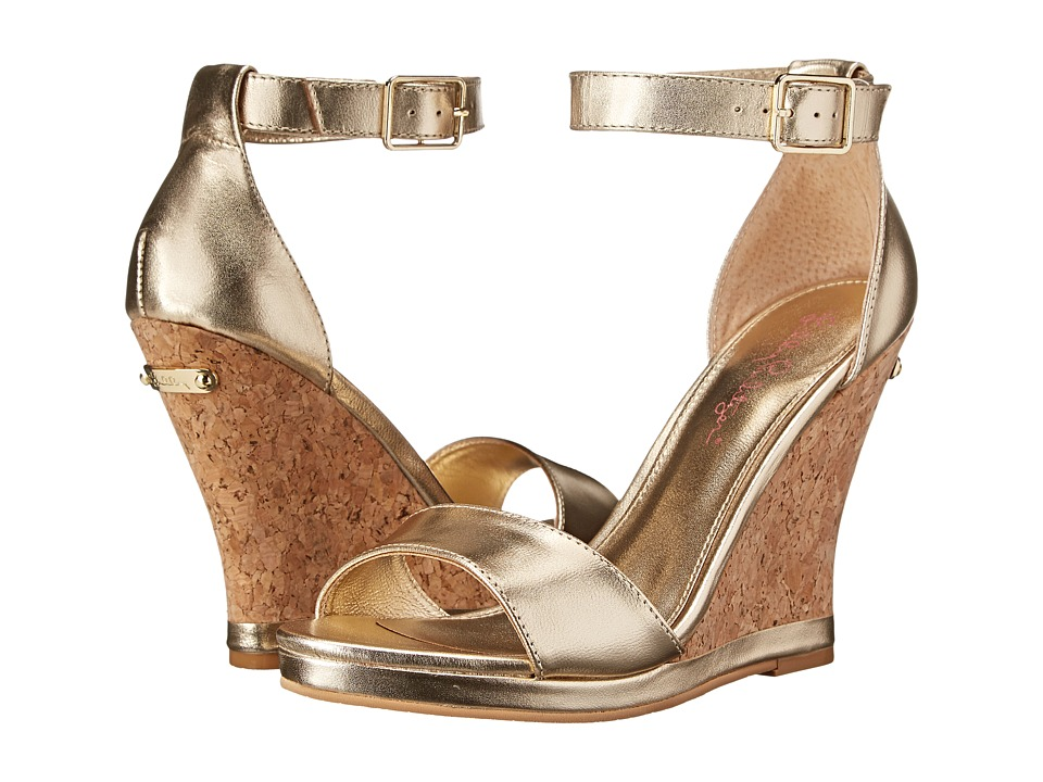 Sparkly wedding wedges that won't sink into the lawn