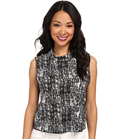 Vince Camuto - Sleeveless Textured Etching Mock Neck Shell