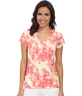 TWO by Vince Camuto - Short Sleeve Billowing Texture One-Pocket Tee