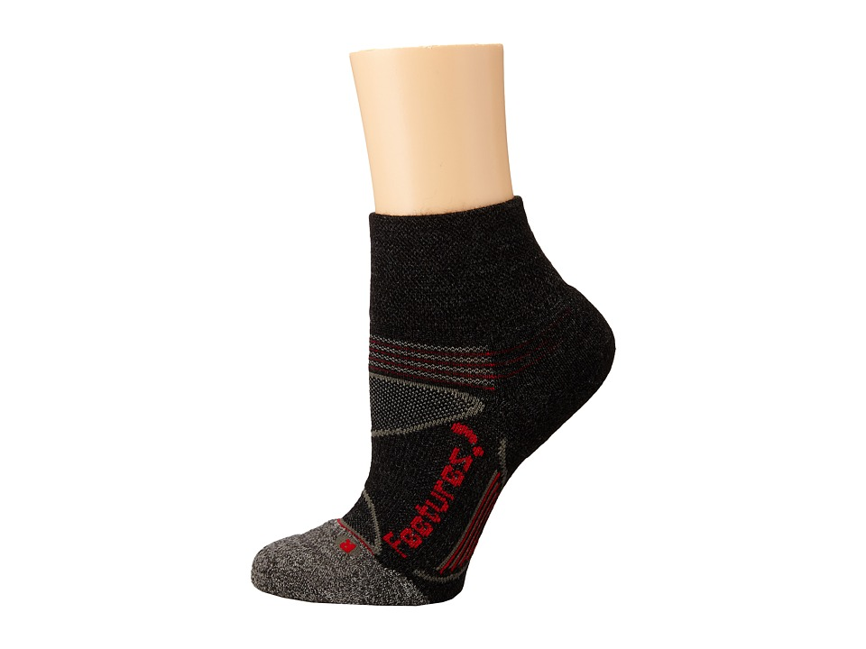 Feetures Elite Merino Light Cushion Quarter 3 Pair Pack Charcoal/Red 1 Quarter Length Socks Shoes
