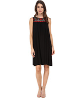 Adrianna Papell - Scoop Neck Embroidered Yoke Dress