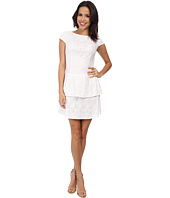 Laundry by Shelli Segal - Tiered Skirt Cap Sleeve Lace Dress