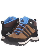 adidas Outdoor Kids - Winter Hiker Mid GTX (Little Kid/Big Kid)