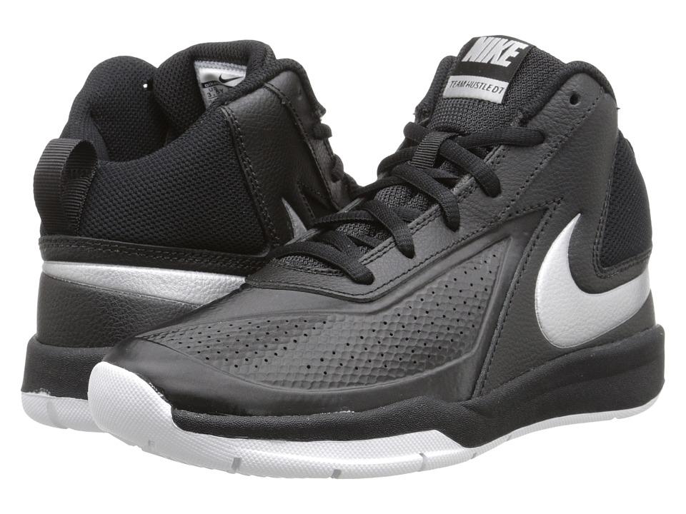 Nike Kids Team Hustle D 7 (Big Kid) (Black/White/Black/Metallic Silver) Boys Shoes