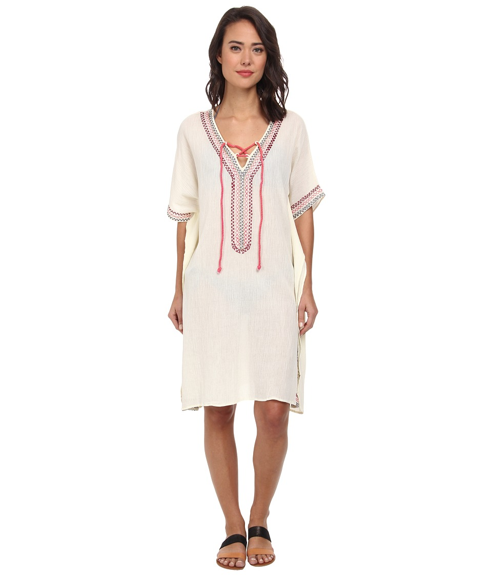 Wholesale Women's Plus Size Our selection is tailor-made to highlight the beauty of full-figured women, keep them in this season's hottest trends, all while maintaining comfort throughout the day with stretch-kissed, featherlight fabrics.
