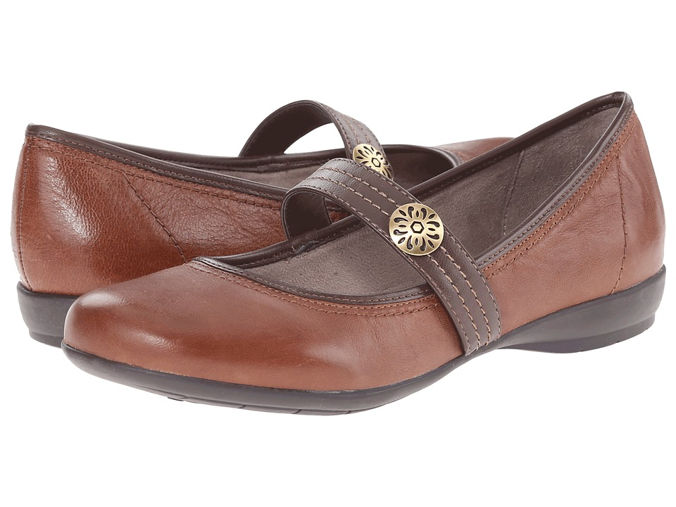 Naturalizer - Garrison (Bridal Brown/Coffee Bean Leather) Women
