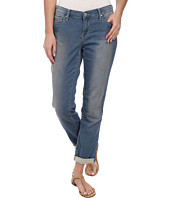 DKNY Jeans - Knit Boyfriend Jeans in Strength Wash
