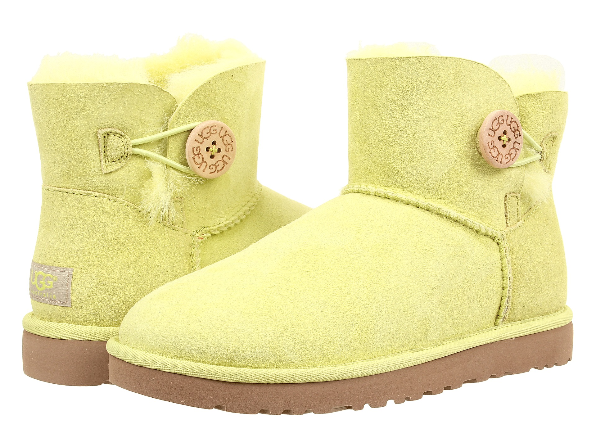 ugg bailey button wide