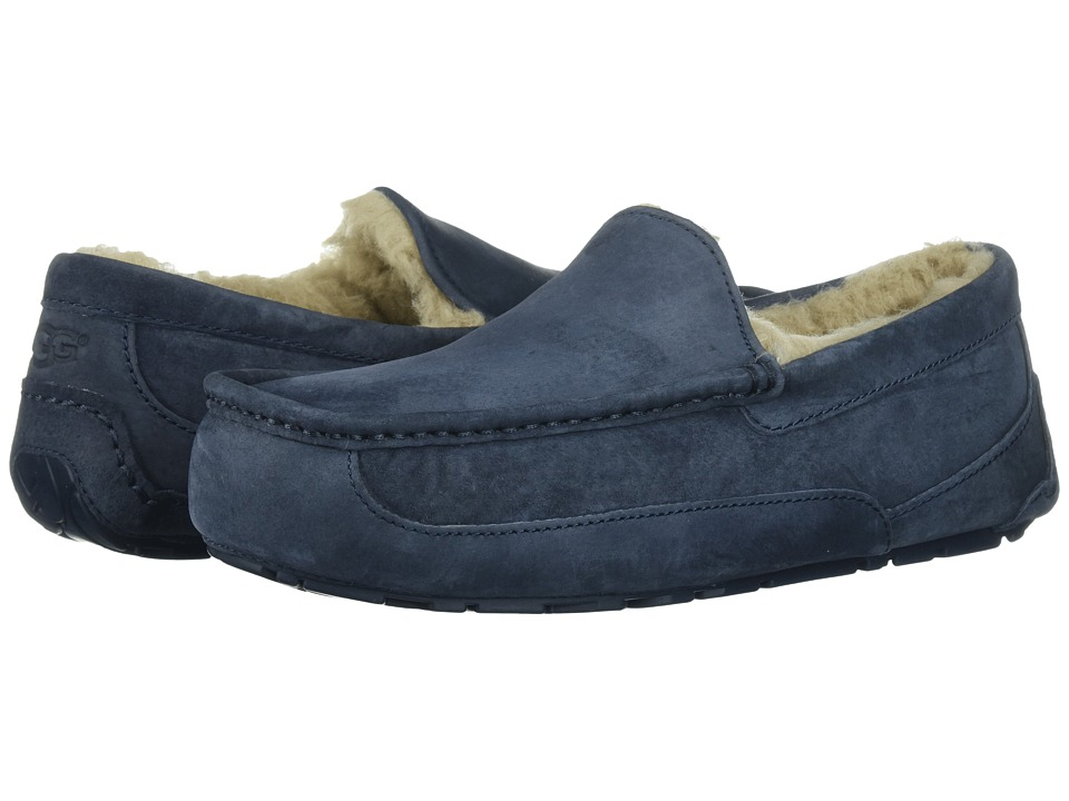 UGG - Ascot (New Navy/New Navy Suede) Men