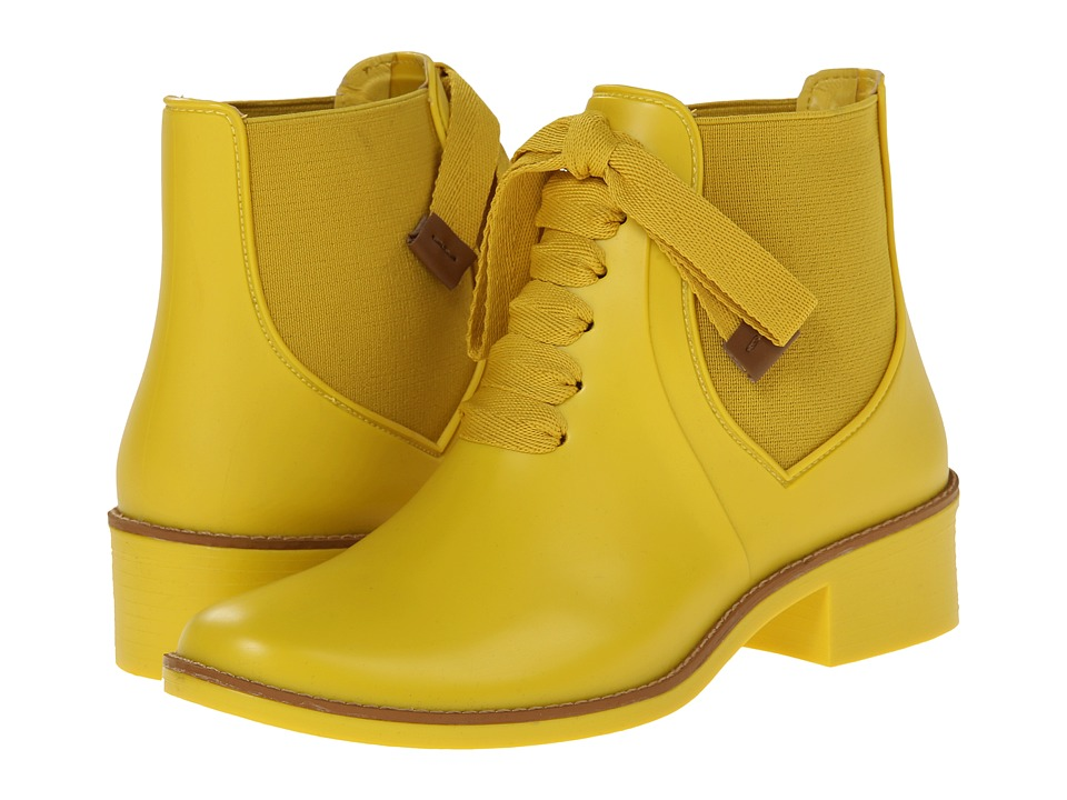 Bernardo Lacey Rain Yellow Womens Rain Boots