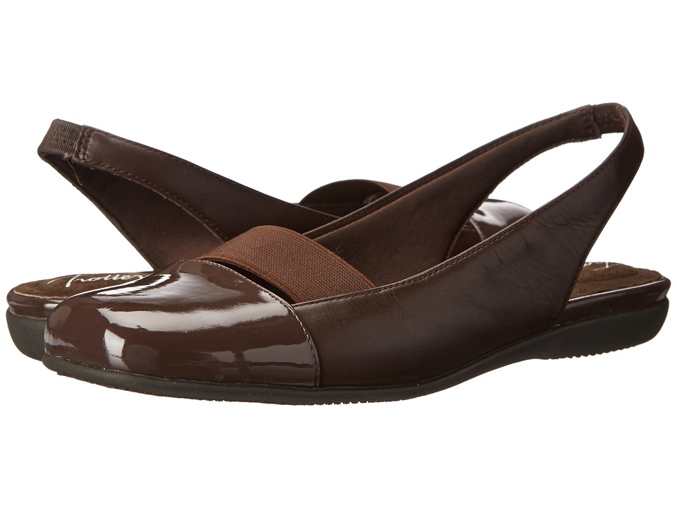 Trotters Sarina Dark Brown Burnished Soft Kid Womens Slip on Dress Shoes