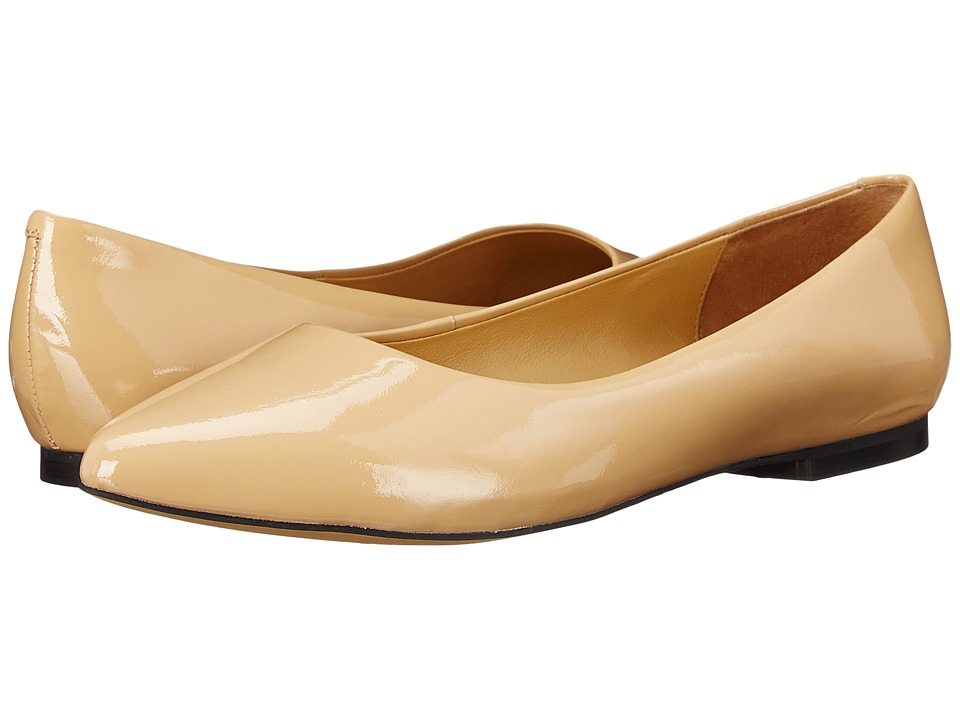 Trotters - Estee (Nude Soft Patent Leather) Women's Slip-on Dress Shoes