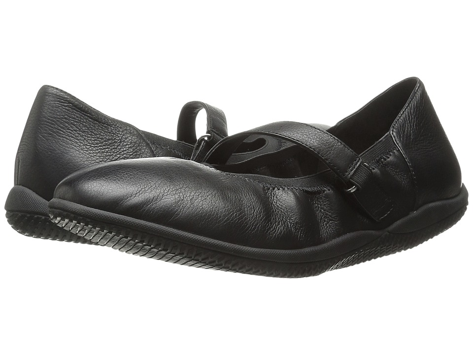 SoftWalk Hollis Black Soft Tumbled Leather Womens Shoes