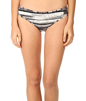 Marc by Marc Jacobs - Lexi Cheeky Side Seam Forward Bottom