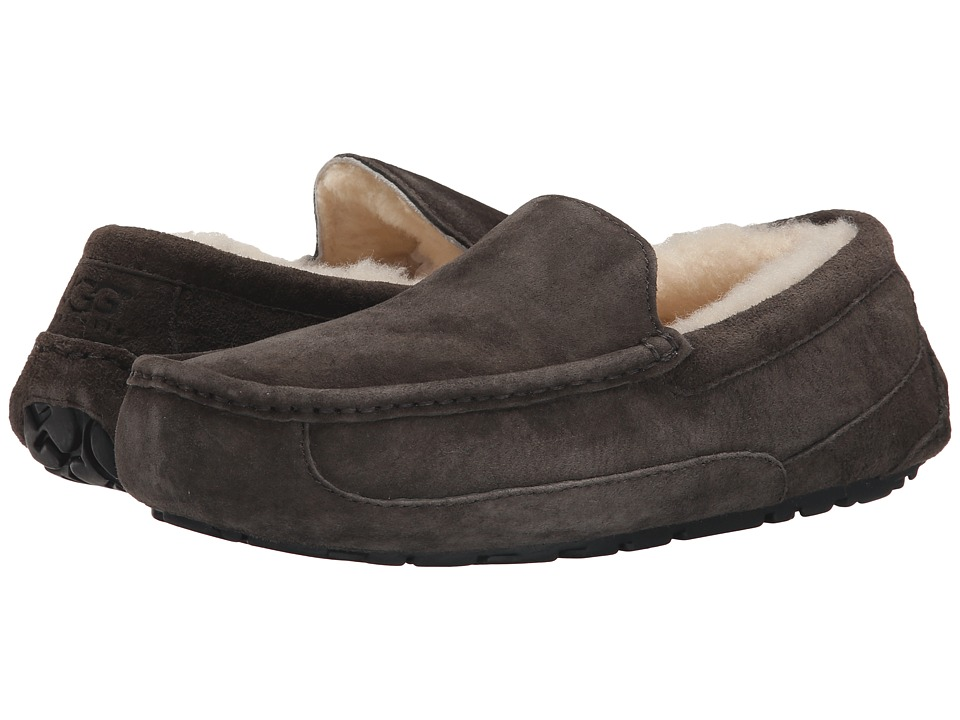 UGG - Ascot (Charcoal) Mens Slippers