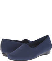 VIONIC - Treat Powell Low Wedge