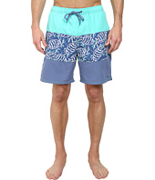 Vineyard Vines - Pieced Sea Life Batik Bungalow