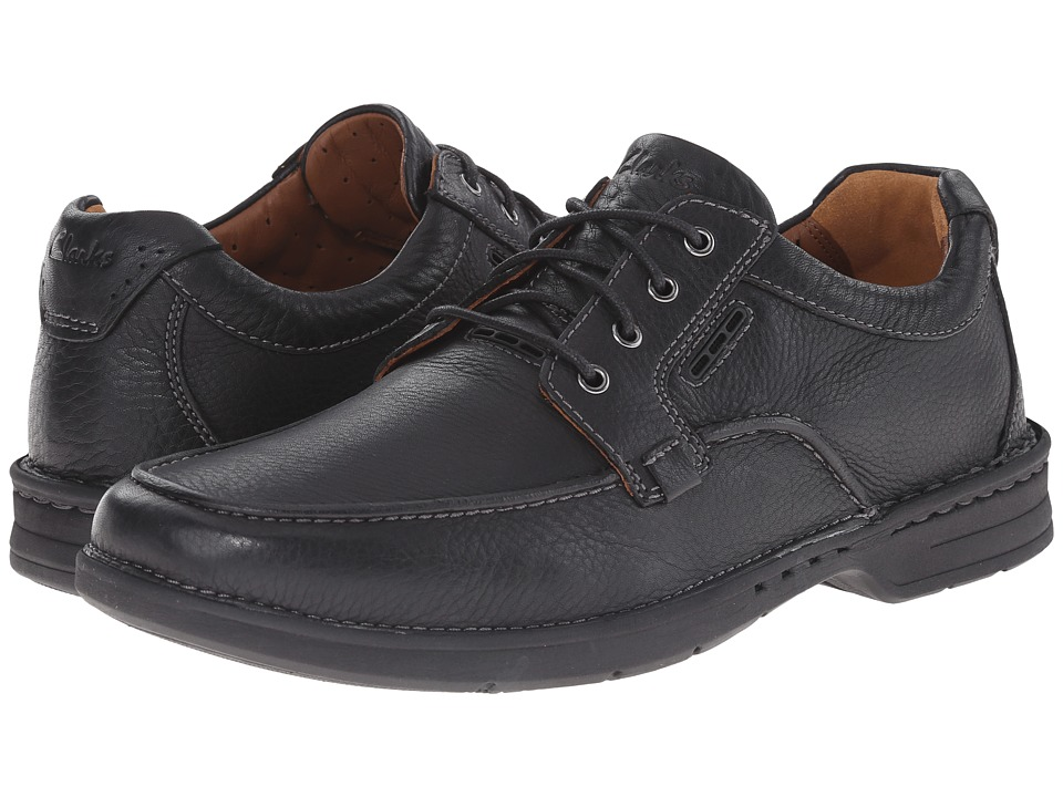 Clarks - Untilary Pace (Black Leather) Men