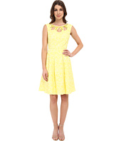 Adrianna Papell - Cutot And Embellished Neckline Fit And Flare