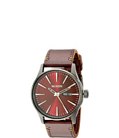 Nixon - The Sentry Leather - The Gunmetal/Burgundy Collection